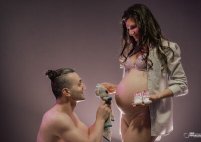 foto gravidanza Borgosesia servizi fotografici donne incinte maternità
